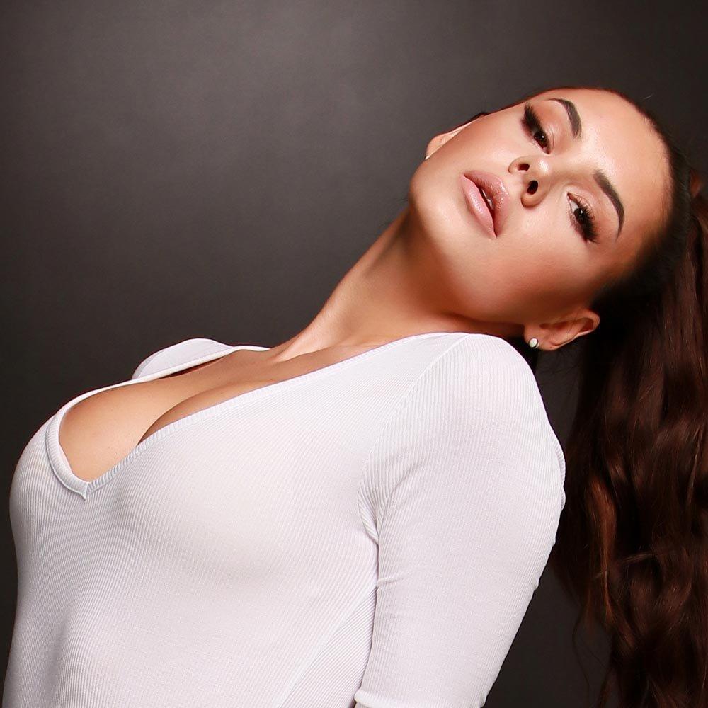 Zväčšenie prsníkov (augmentácia poprsia)