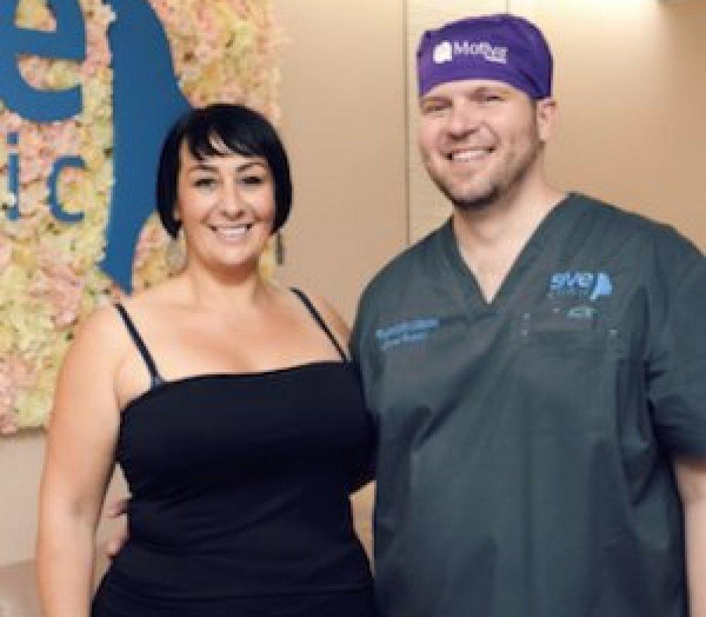 Zmenšenie prsníkov s implantátom - zadarmo & skvelý výsledok!
